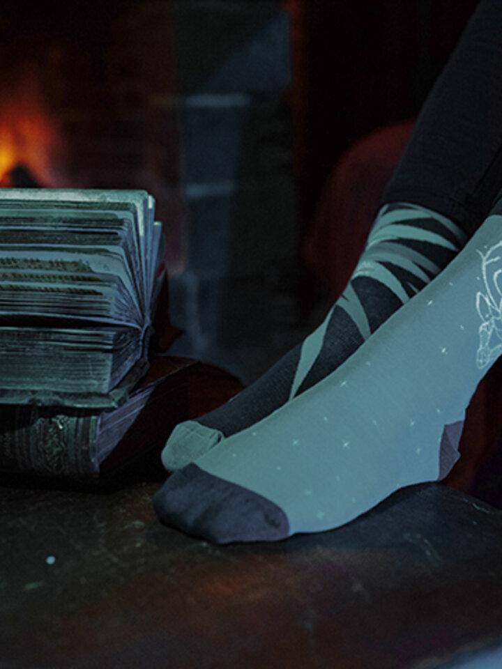 Pre dokonalý a originálny outfit Vesele nogavice Harry Potter ™ Expecto Patronum