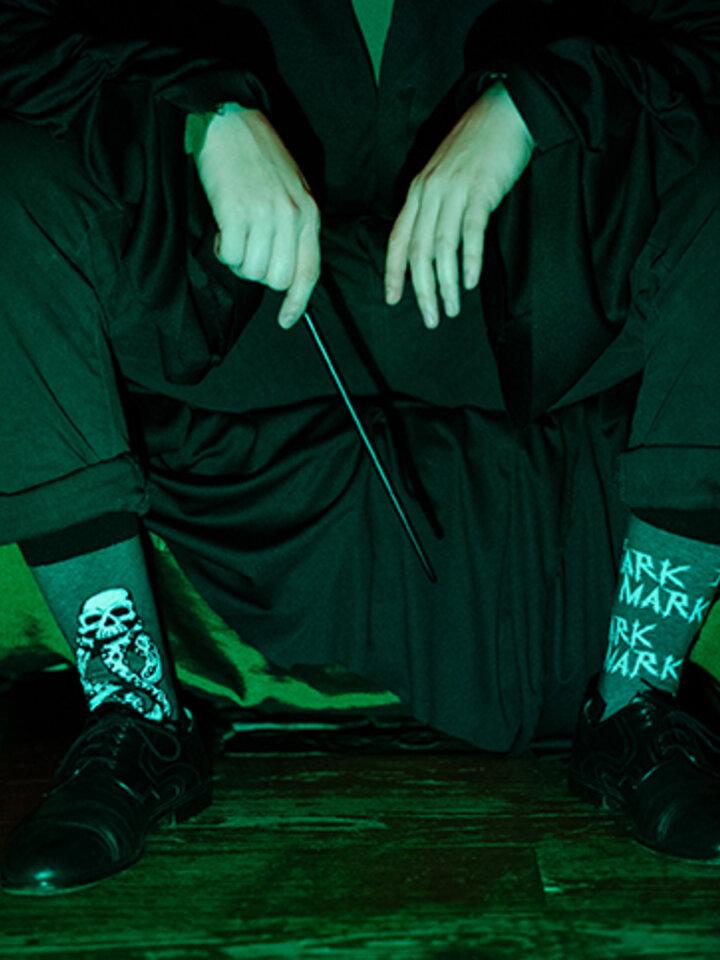 Foto Șosete vesele Harry Potter ™ – Semn întunecat