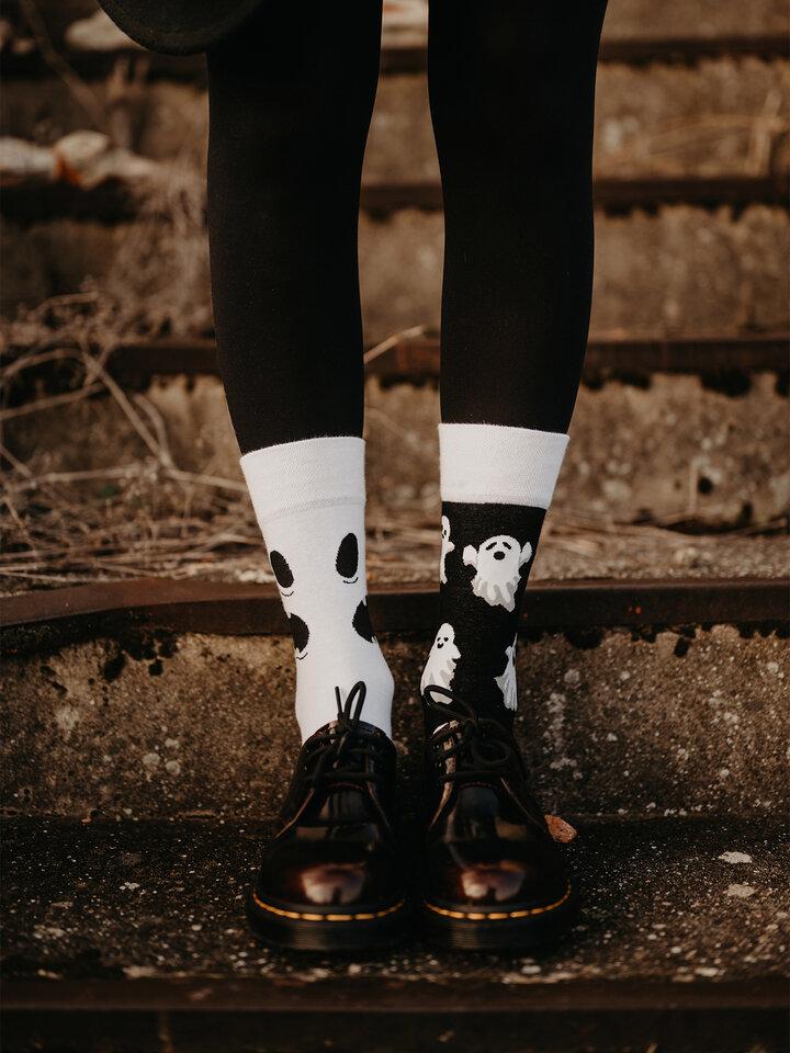 Pre dokonalý a originálny outfit Chaussettes rigolotes Fantôme