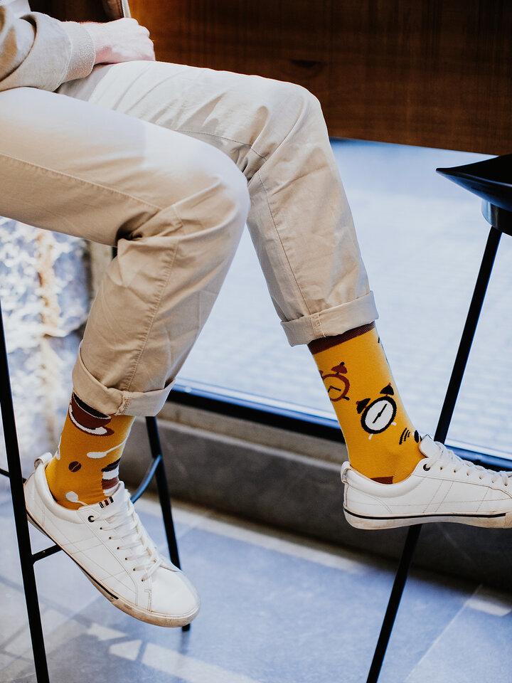 Potešte sa týmto kúskom Dedoles Vesele čarape Vrijeme za kavu