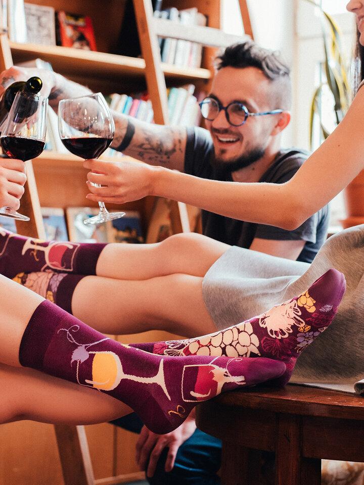 Obrázok produktu Chaussettes rigolotes Vin rouge