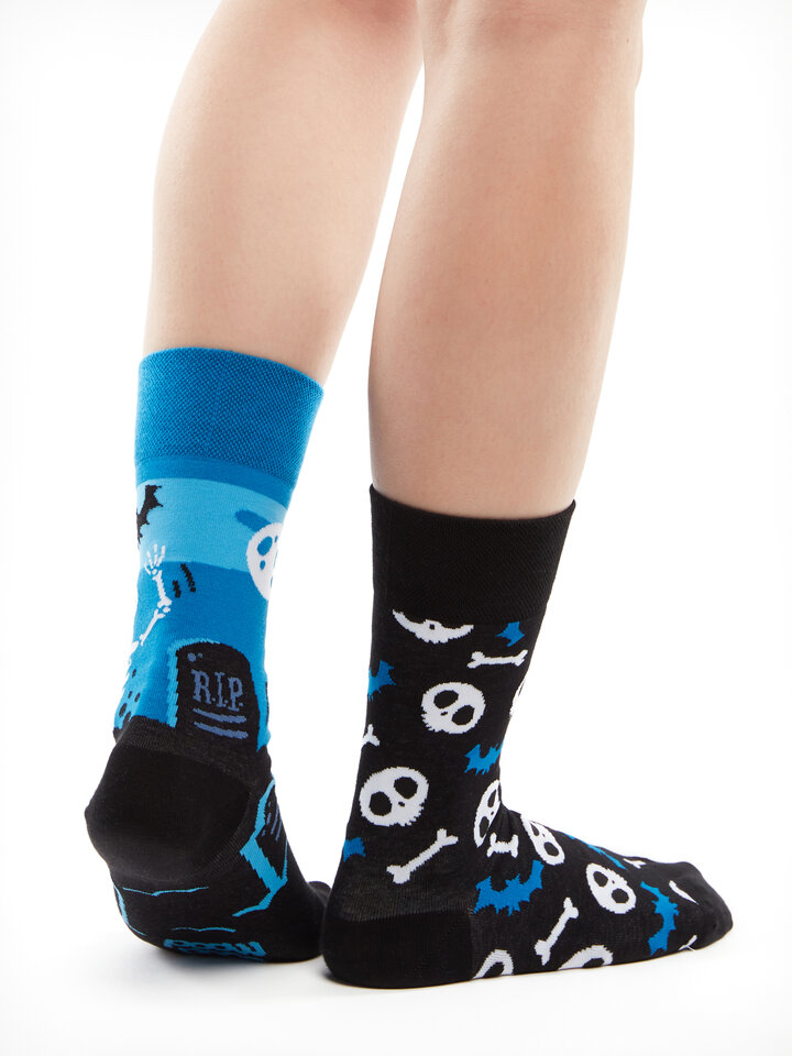 Gift idea Regular Socks Skeletons