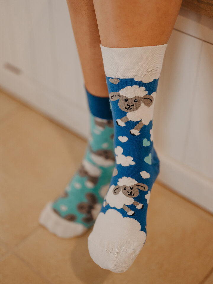 Lifestyle photo Regular Socks Sheep & Clouds