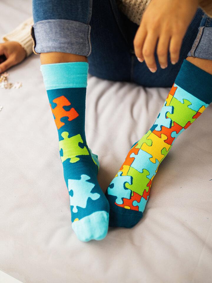 Potešte sa týmto kúskom Dedoles Regular Socks Puzzle