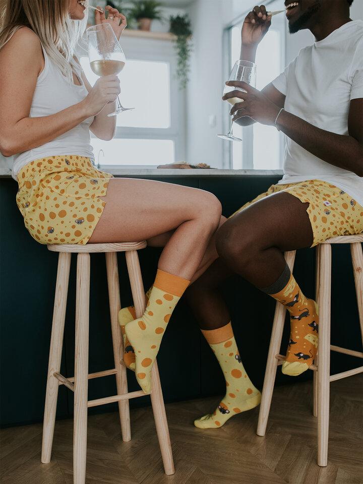 Lifestyle foto Veselé ponožky Sýr
