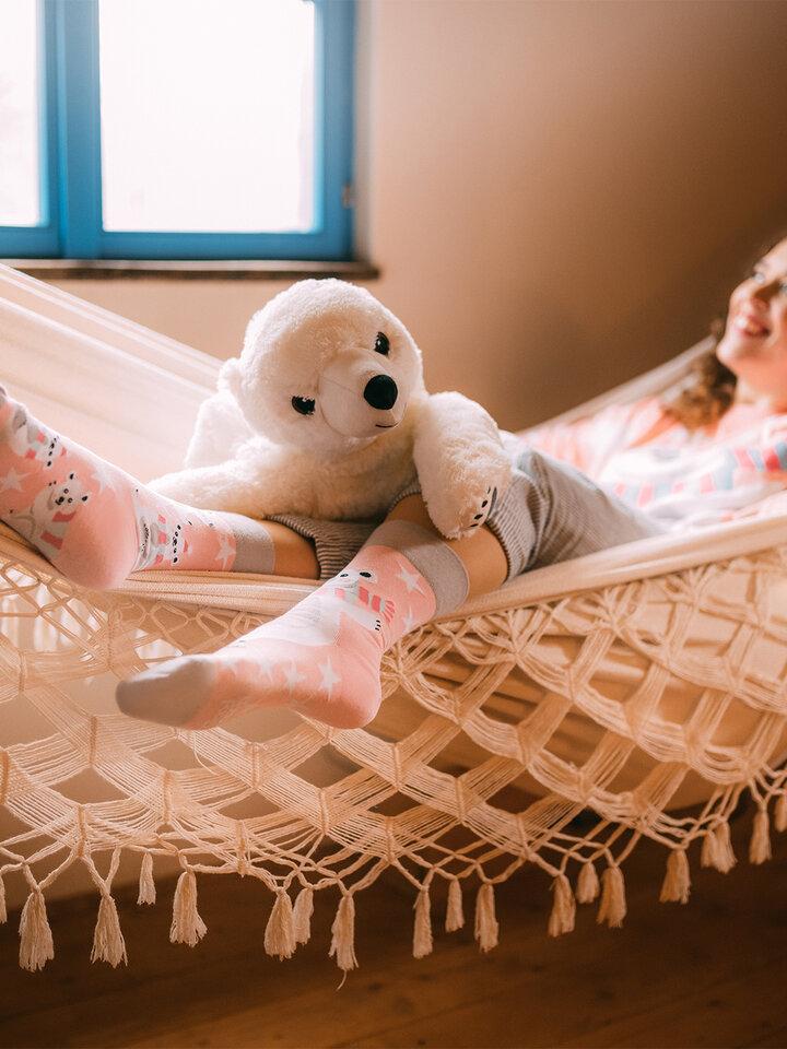 Pre dokonalý a originálny outfit Класически Весели чорапи Полярна мечка