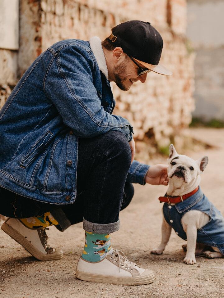 Potešte sa týmto kúskom Dedoles Весели чорапи Щастливо куче