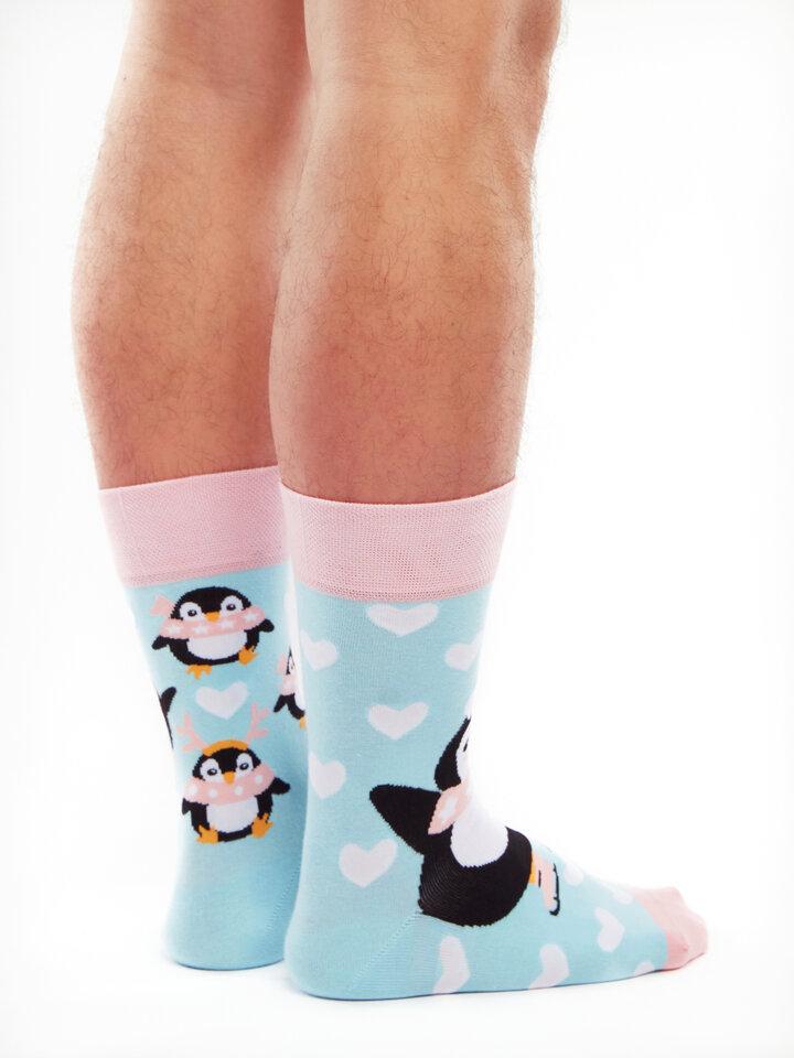 Lifestyle foto Vrolijke sokken Schaatsende pinguïn