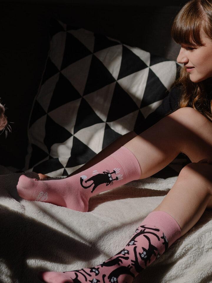 Tip na darček Veselé ponožky Ružové mačky