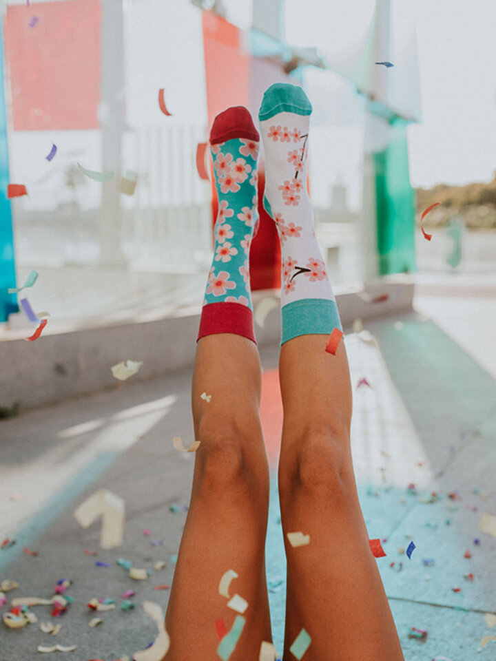 Lifestyle foto Vrolijke sokken Japanse sierkers