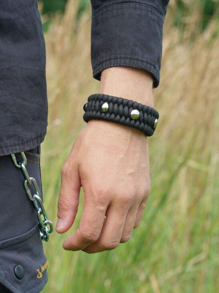 Foto Paracord survival náramek Želva černý s nastavitelným zapínáním