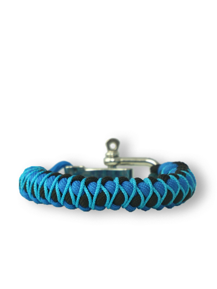 Suchen Sie ein originelles und außergewöhliches Geschenk? überrascht den Beschenkten sicher Blaues Paracord-Armband Skip mit verstellbarer Schnalle