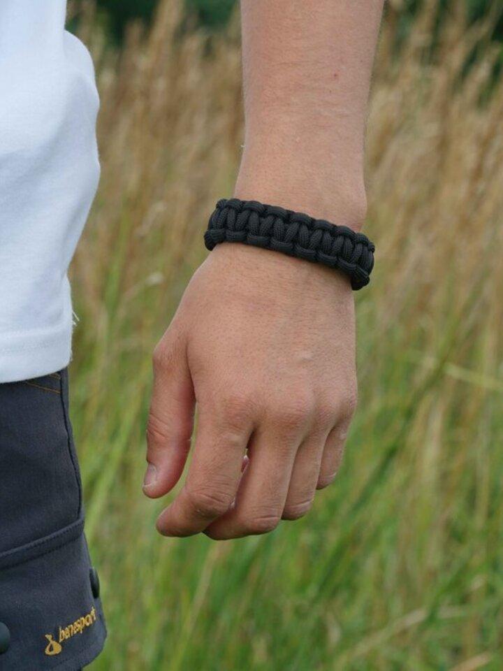 Geschenk von Dedoles Paracord Überleben-Armband schwarz