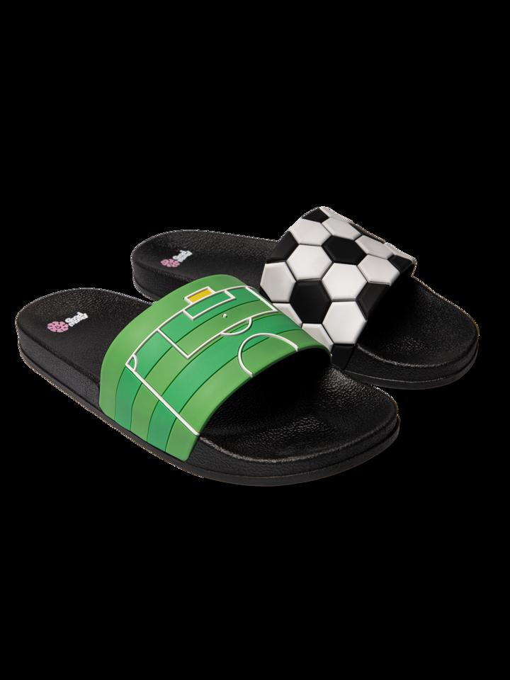 Pre dokonalý a originálny outfit Slides Football
