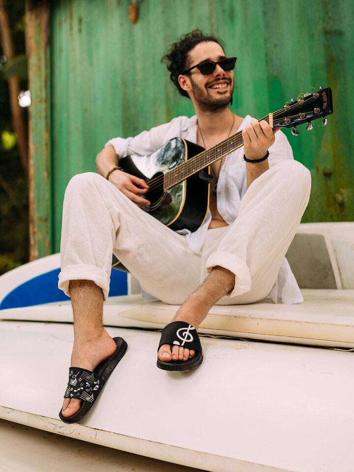 Tip na dárek Veselé pantofle Hudba