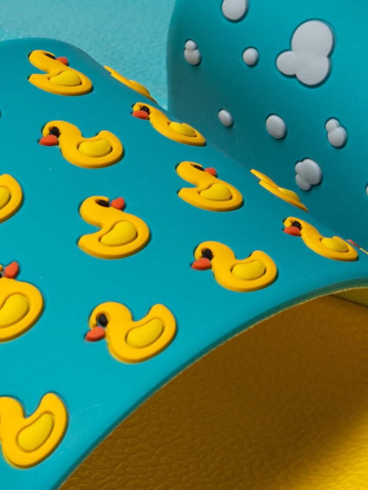 Lifestyle photo Slides Ducks