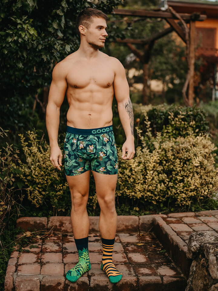 Looking for an original and unusual gift? The gifted person will surely surprise with Men's Trunks Tiger