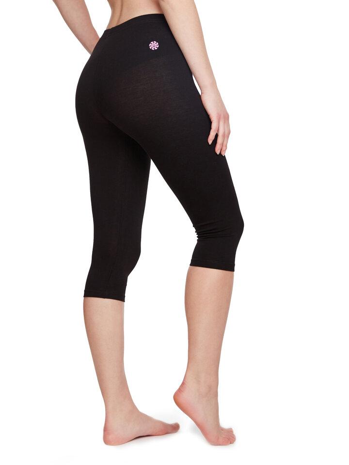 Pre dokonalý a originálny outfit Cotton 3/4 Leggings Black