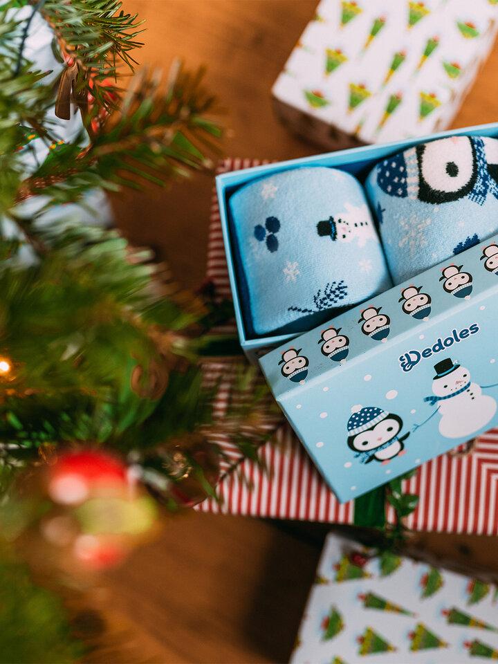 Výpredaj Darčeková krabička teplých ponožiek Tučniak a snehuliak