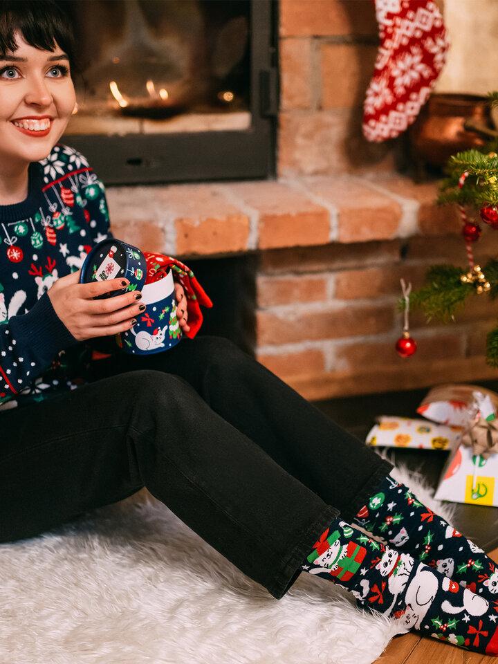 Potešte sa týmto kúskom Dedoles Caja regalo Gatos navideños