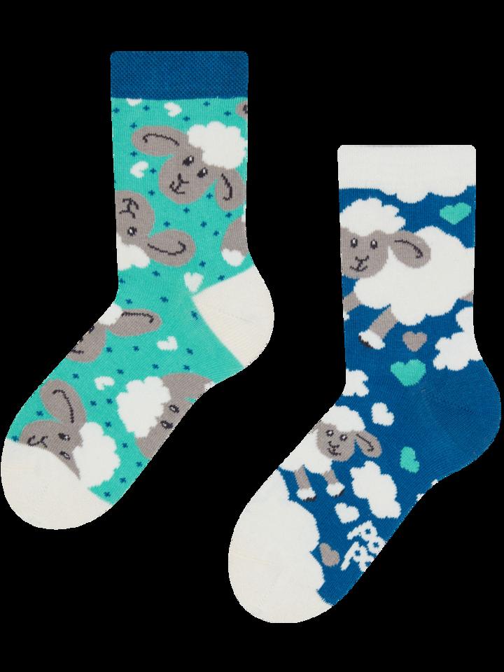 Potešte sa týmto kúskom Dedoles Kids' Socks Sheep & Clouds