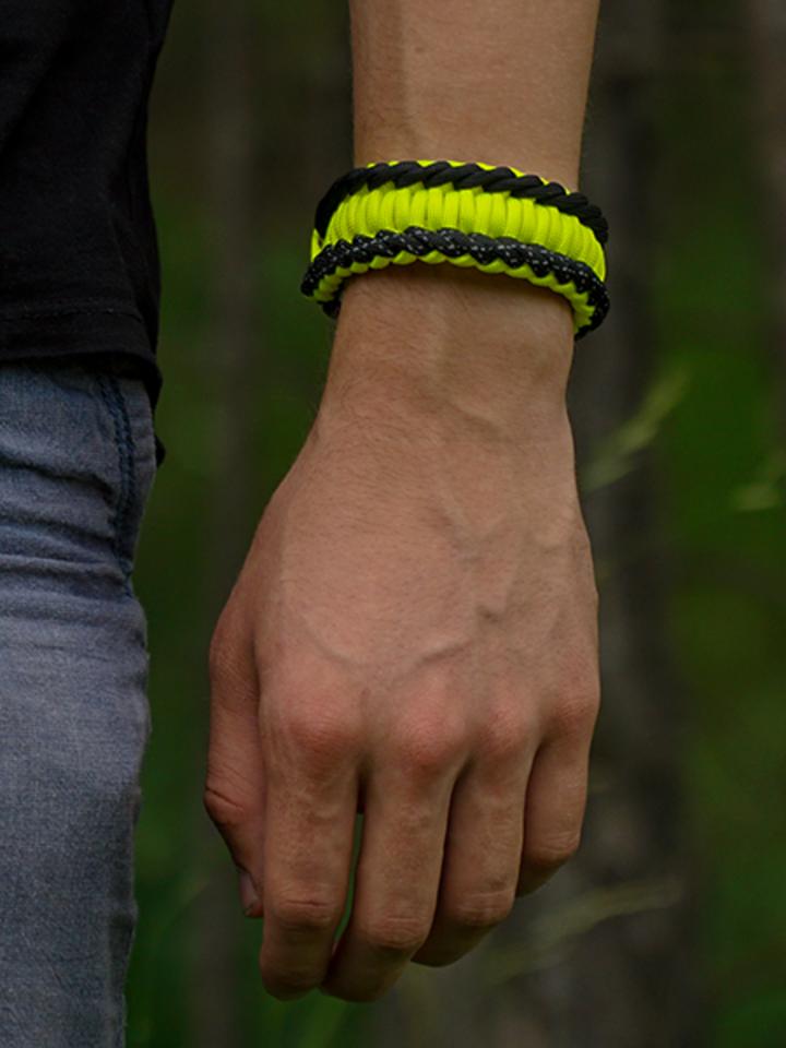 Obrázok produktu Gele Paracord-armband Salvadora met vuurstarter, kompas en fluitje
