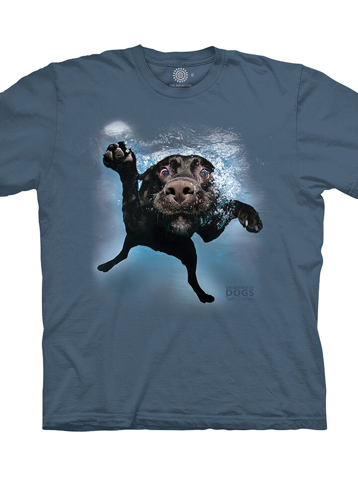 Looking for an original and unusual gift? The gifted person will surely surprise with T-Shirt Swimming Dog