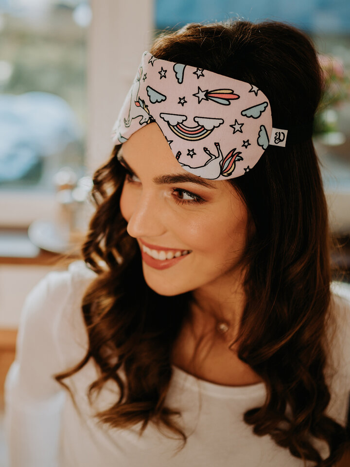Looking for an original and unusual gift? The gifted person will surely surprise with Sleep Mask Rainbow Unicorn