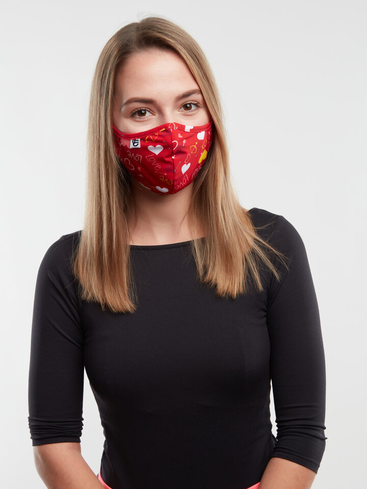 Looking for an original and unusual gift? The gifted person will surely surprise with Antibacterial Face Mask Hearts - Larger Size