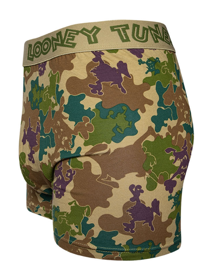 Looking for an original and unusual gift? The gifted person will surely surprise with Looney Tunes™ Men's Trunks Camouflage