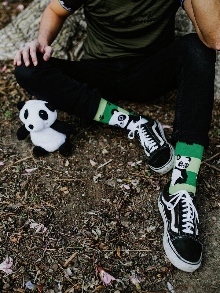 Foto Vidám zokni Pandák és csíkok