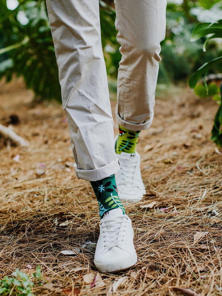 Pre dokonalý a originálny outfit Calcetines alegres Pájaros de la jungla