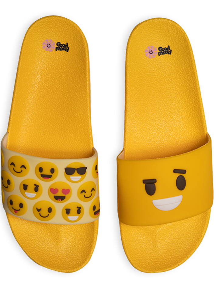 Looking for an original and unusual gift? The gifted person will surely surprise with Slides Smileys