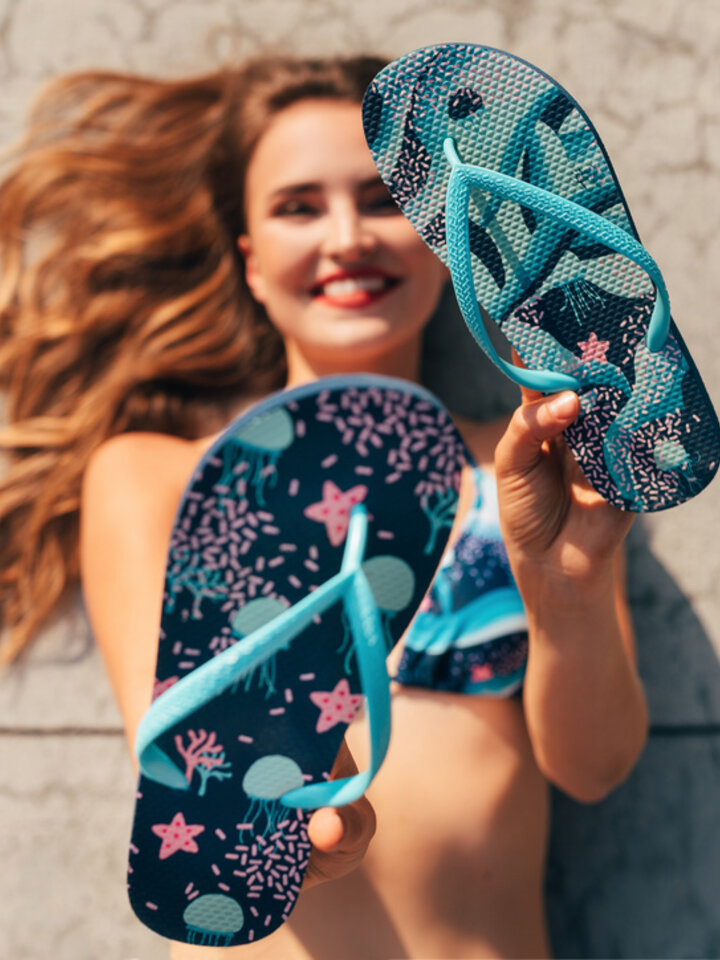 Lifestyle photo Flip Flops Underwater