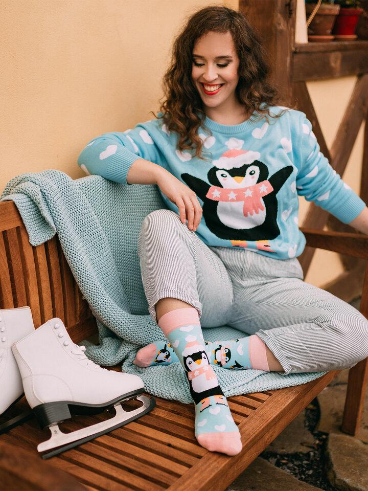 Obrázok produktu Veseli božični pulover Pingvin na drsalkah