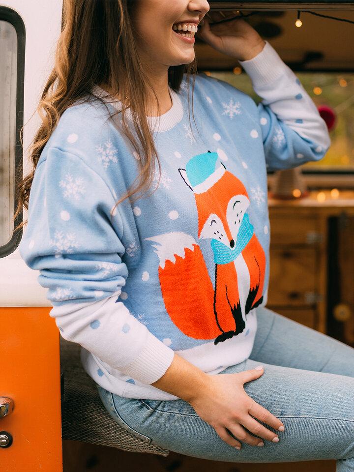 Zdjęcie lifestyle Wesoły sweter świąteczny Zimowy lis