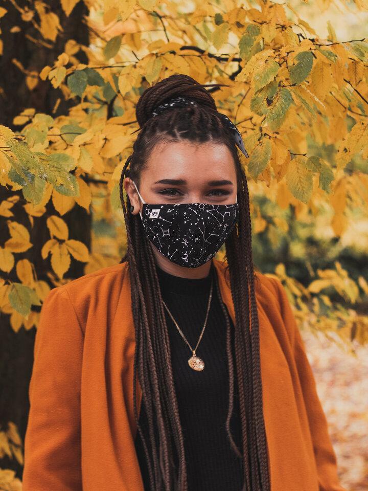 Lifestyle foto Veselé rúško Znamenia zverokruhu