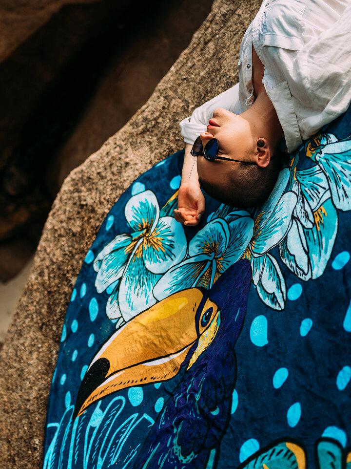 Obrázok produktu Veselý okrúhly plážový uterák Tropická džungľa