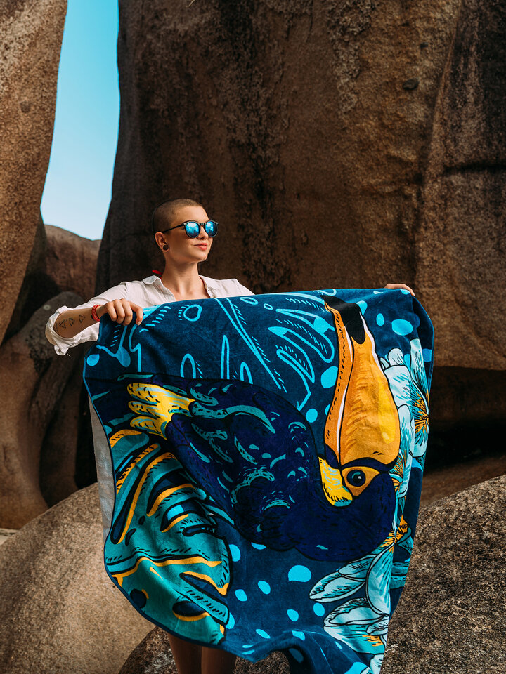 Výpredaj Veselý okrúhly plážový uterák Tropická džungľa