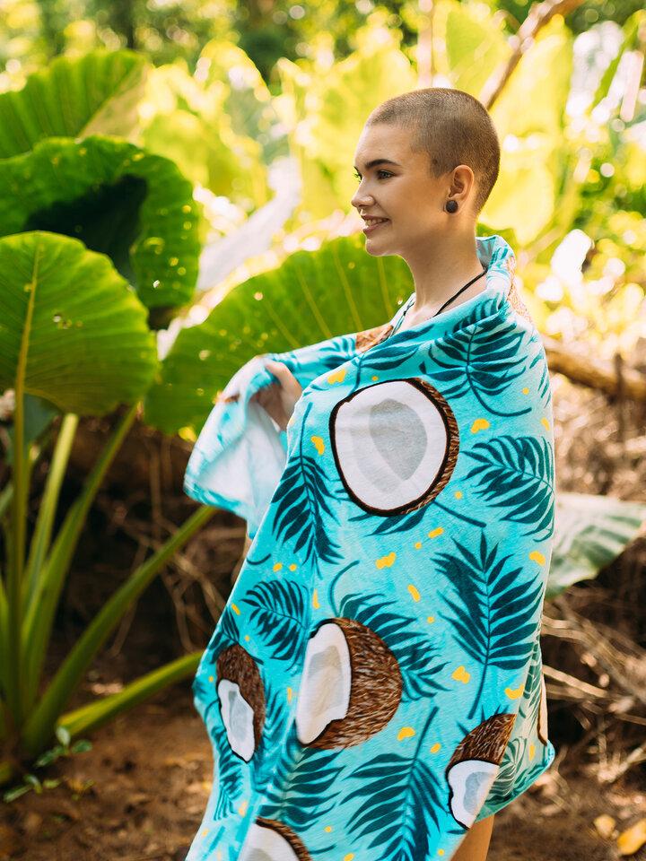 Potešte sa týmto kúskom Dedoles Veseli ručnik za plažu Kokos