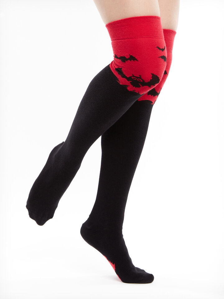 Tip na darček Chaussettes hautes rigolotes au-dessus des genoux Chauve-souris