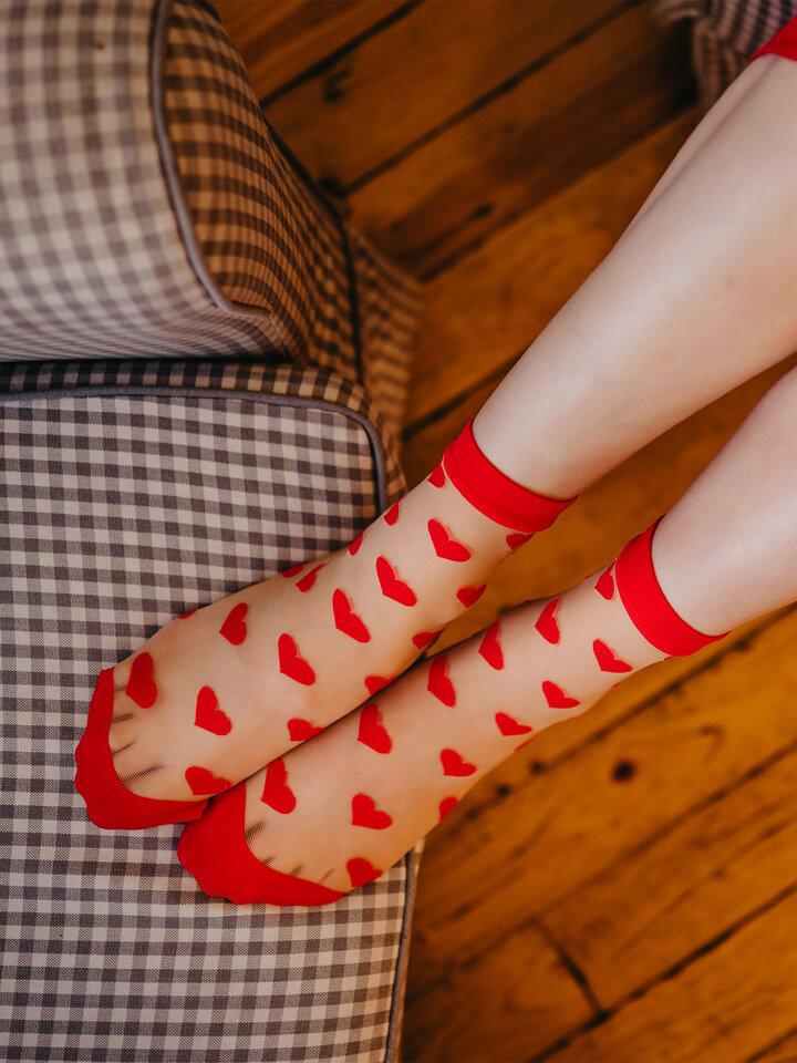 Obrázok produktu Vrolijke nylon sokken Rode hartjes