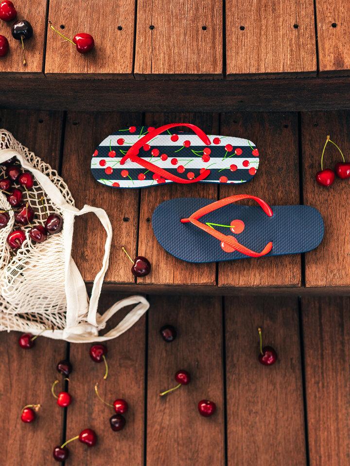 a tökéletes és egyedi ruházathoz Vidám flip-flop Cseresznye