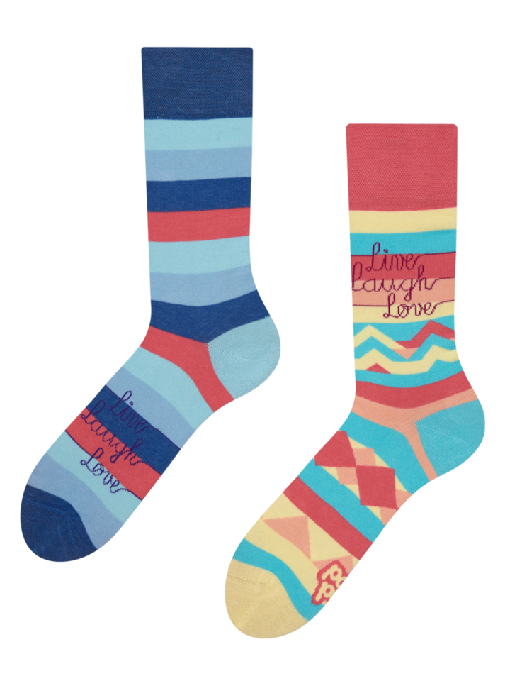 Pre dokonalý a originálny outfit Vesele čarape Živi, voli i smij se