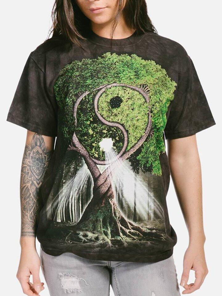 Original gift Black T-shirt with Short Sleeve Yin Yang Tree