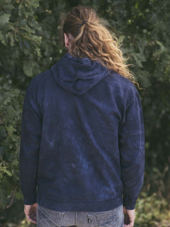 a tökéletes és egyedi ruházathoz Kapucnis pulóver Farkas falka