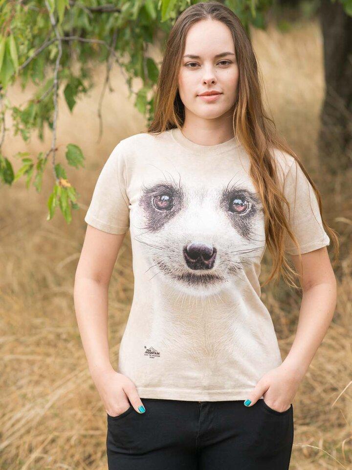Szerezzen magának örömet ezzel a Dedoles darabbal Szurikáta arc póló