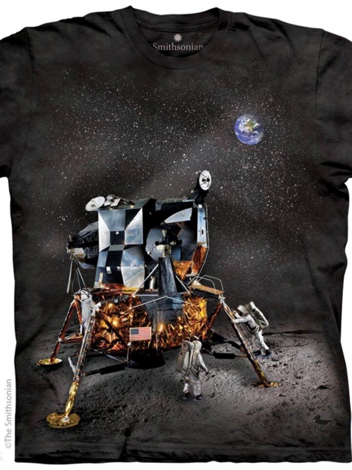 Lifestyle photo Apollo Lunar Module