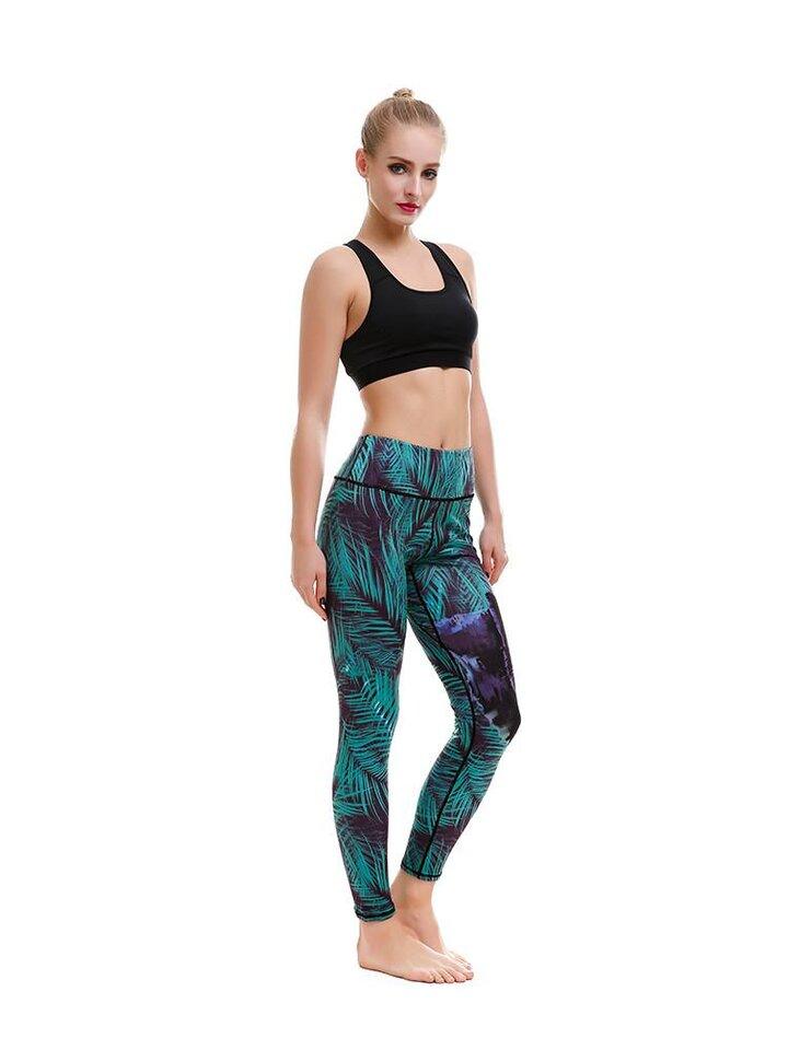 Tip na darček Ladies' Sport Elastic Leggings Puma in Virgin Forest