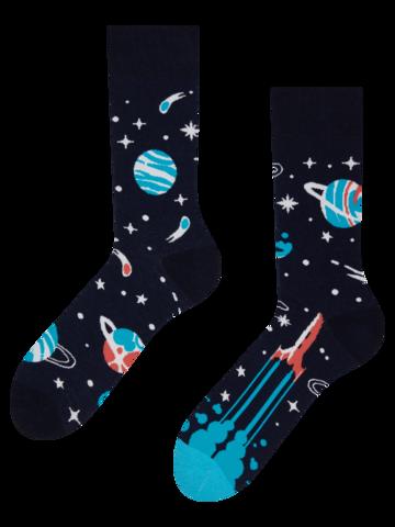 Výnimočný darček od Dedoles Živahne nogavice Planeti